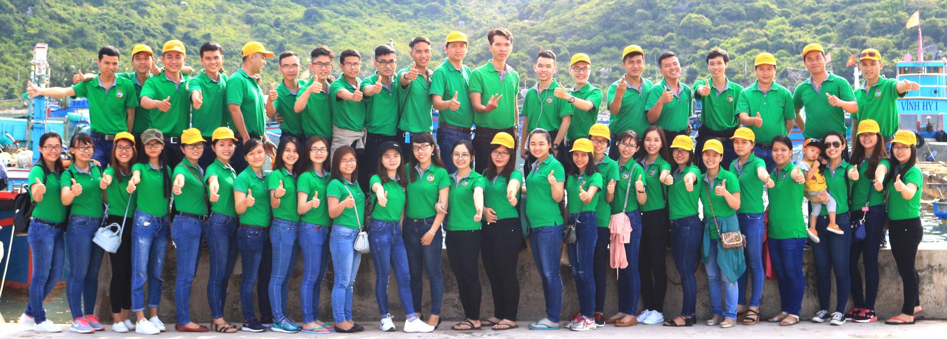 Đội ngũ nhân viên công ty TNHH Tim Sen